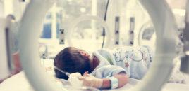 O mamă și două povești de bebeluși luptători (guest  post)