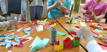 Protecție și educație pentru copiii cu părinți plecați la muncă în străinătate – program desfășurat la Brașov